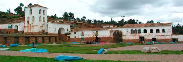sacred-valley-of-the-incas-chinchero-min
